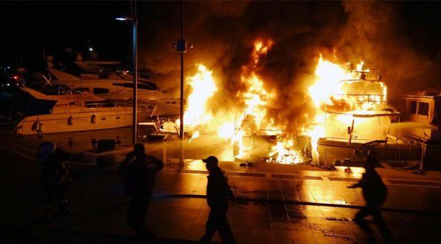 Marmaris Yat Limanı'nda yangın! Yatlar kül oldu…