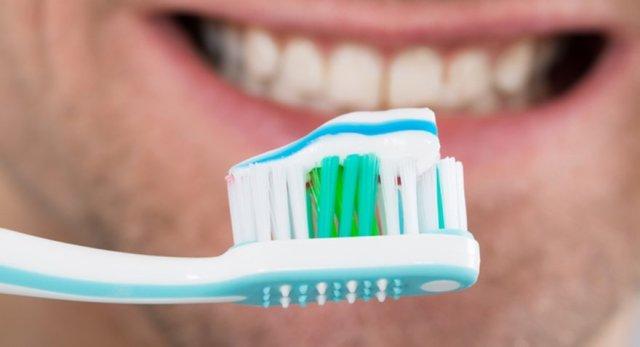 Diş fırçasında ithal ucuzluk dönemi bitti