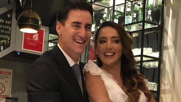Bekir Aksoy, Nazife Oğlakçıoğlu ile evlendi