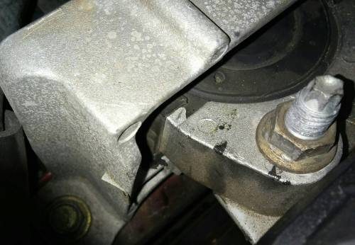 small resolution of  motor mount side near engine vehicle is 2006 mazda 3