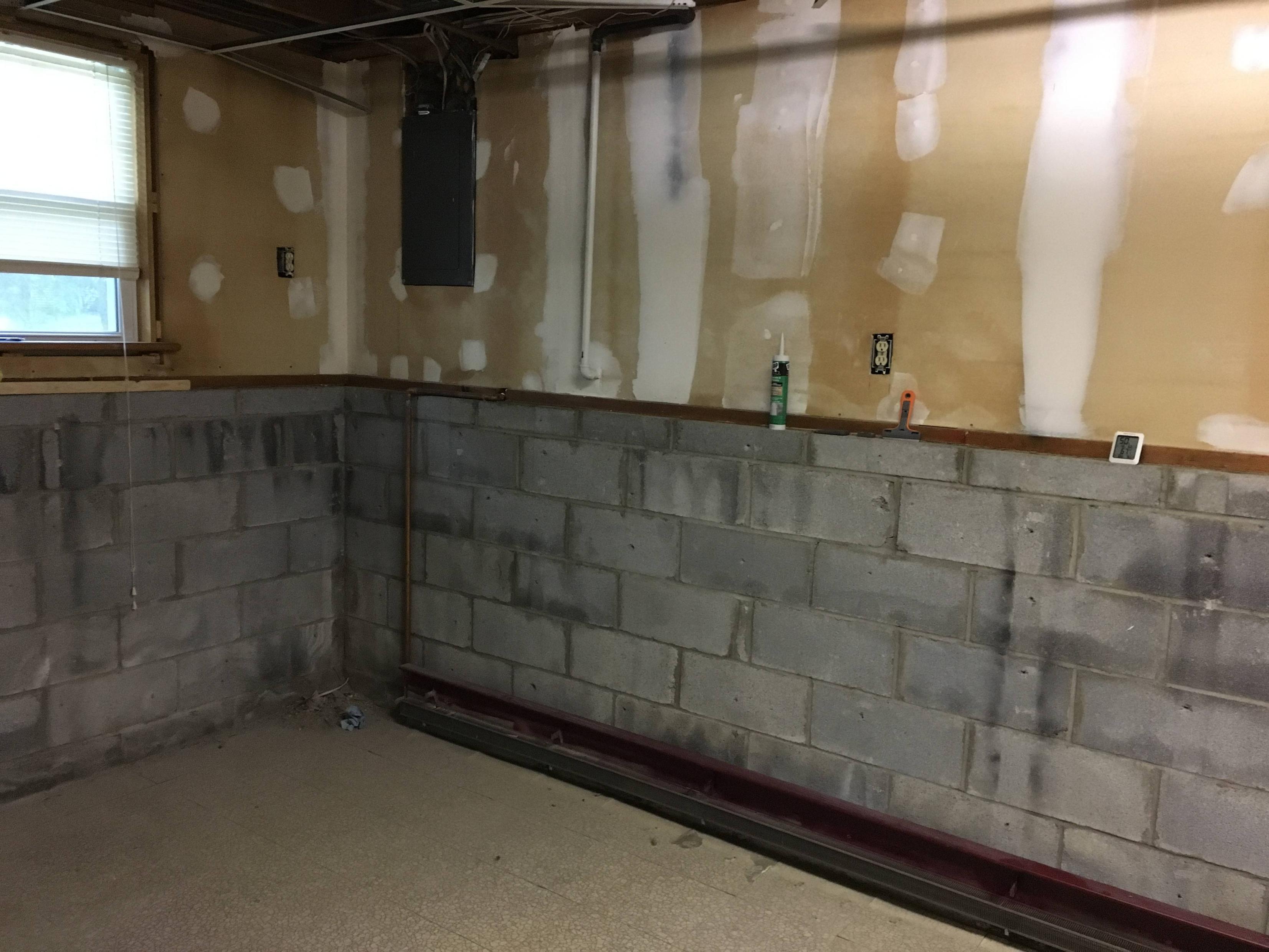 best vapor barrier for basement walls natashamillerweb rh natashamillerweb com vapor barrier for exterior basement walls vapor barrier for interior basement walls
