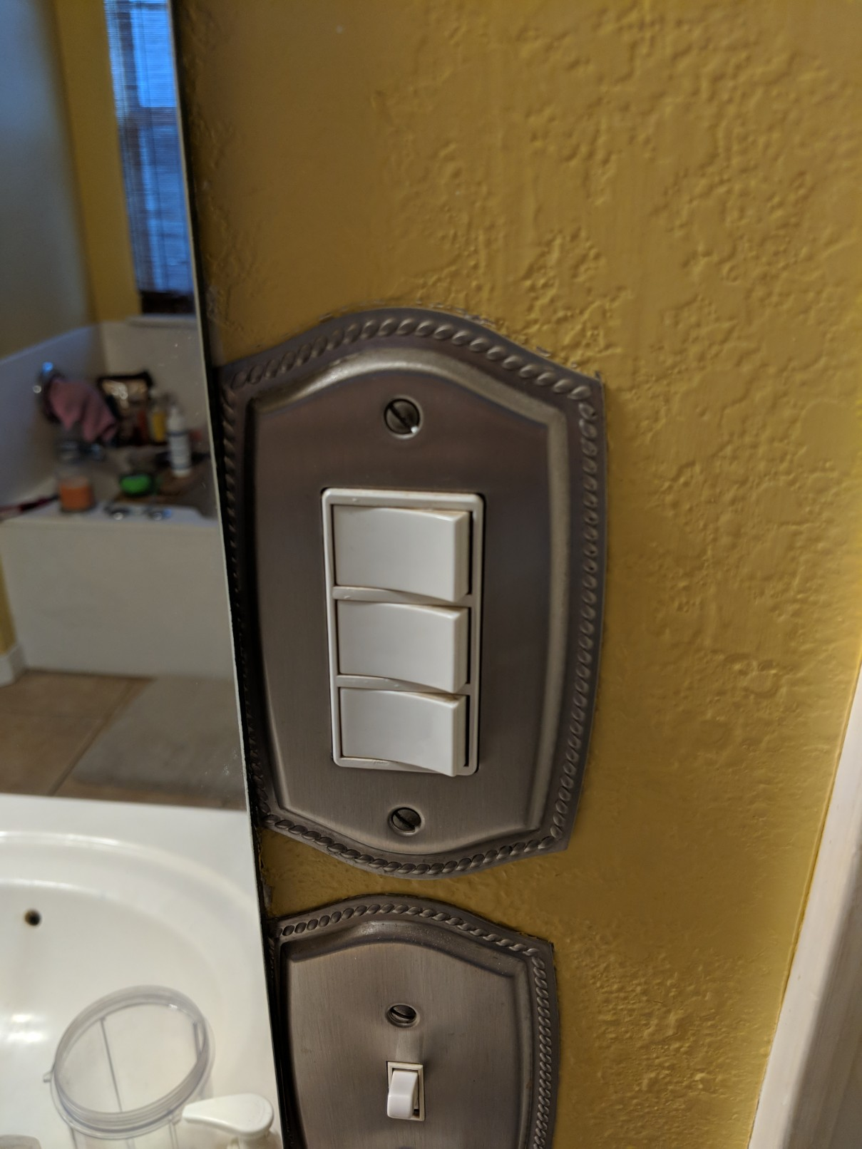 Wiring Three Switches For A Bathroom Exhaust Fan Light And Heater