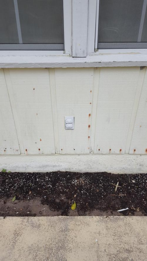 small resolution of adapting an outside wall outlet to suface mount conduit