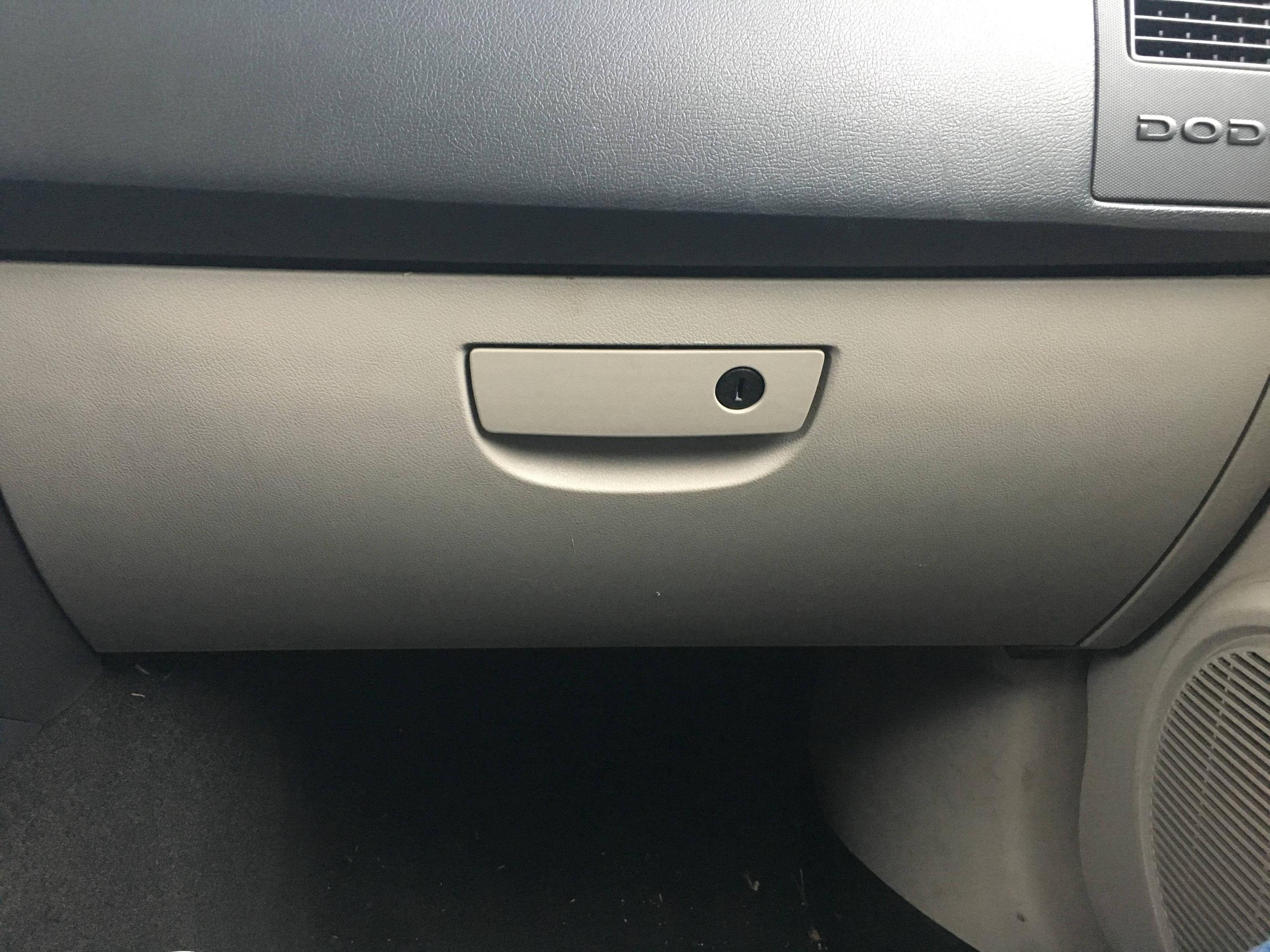 2006 Ford Focus Fuse Box Diagram Dodge 06 Charger Broken Glove Box Latch Motor Vehicle