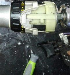 inside a dewalt cordless drill [ 1264 x 672 Pixel ]