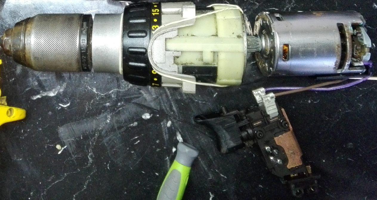hight resolution of inside a dewalt cordless drill