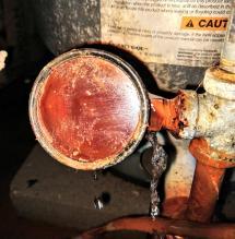 Plumbing - Major Leak Pressure Gauge