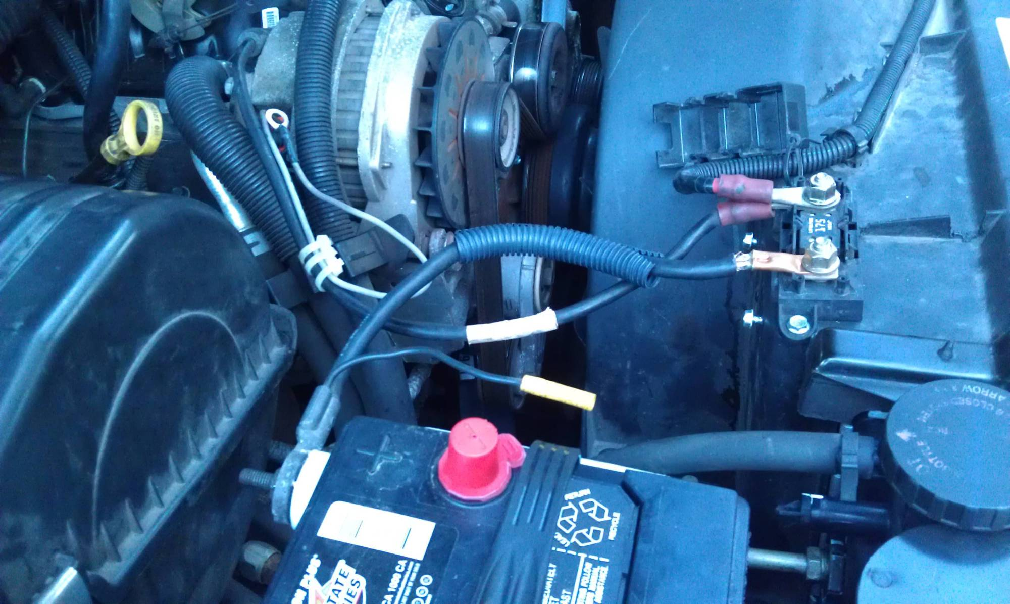 hight resolution of incorrect 1998 suburban battery alternator wiring