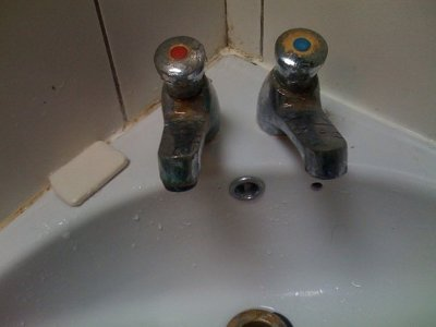 uk  How to use sinks with separate hotcold taps