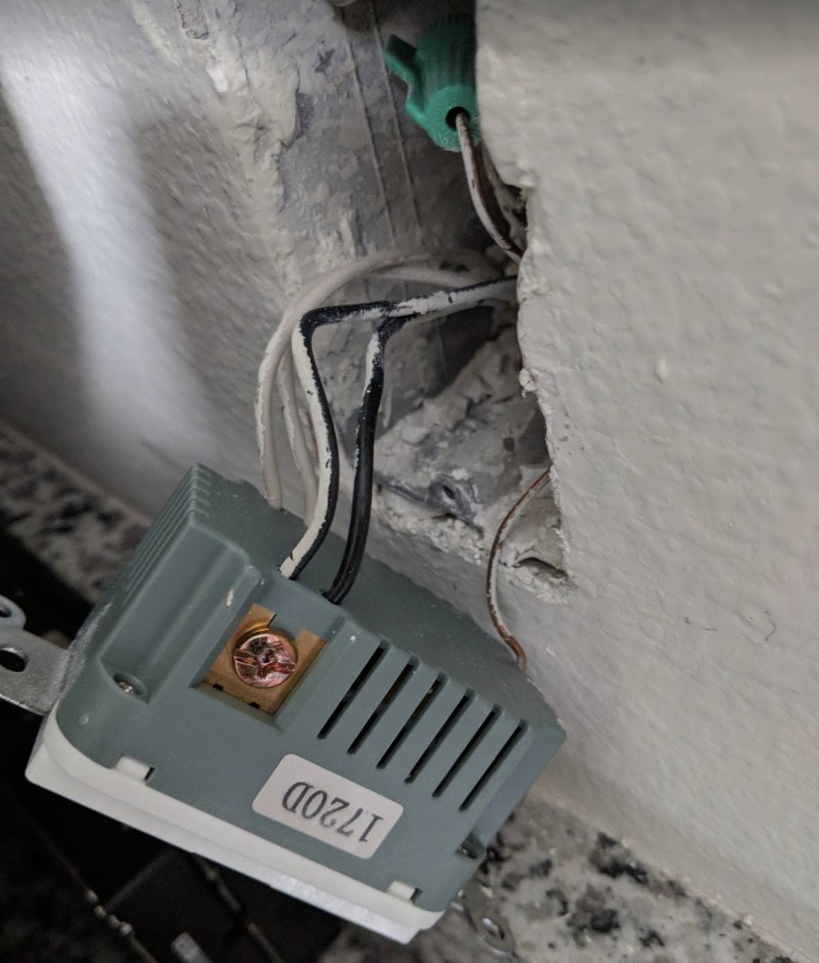 hight resolution of enter image description here enter image description here electrical wiring receptacle