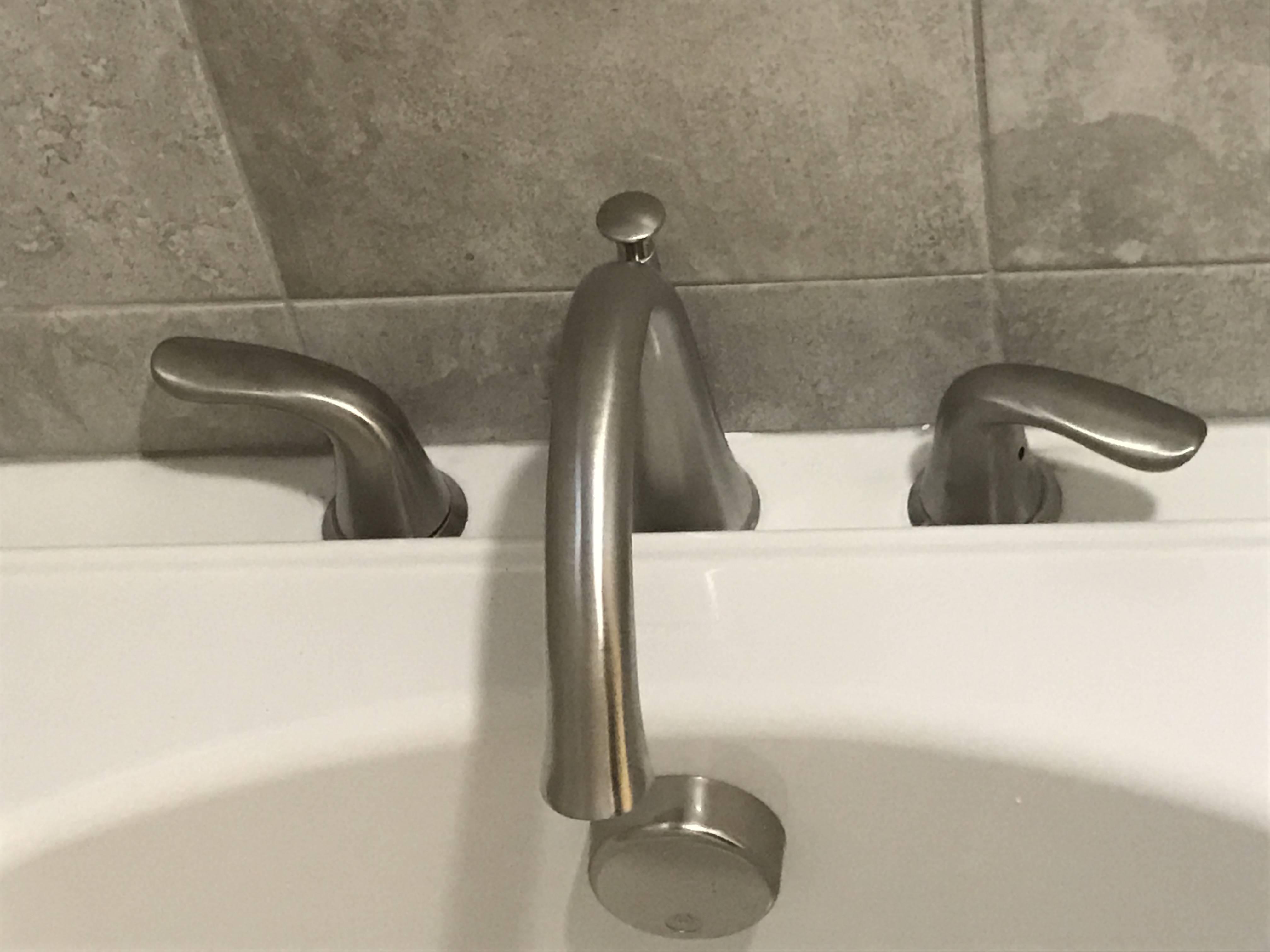 delta bathtub faucet unaligned handle