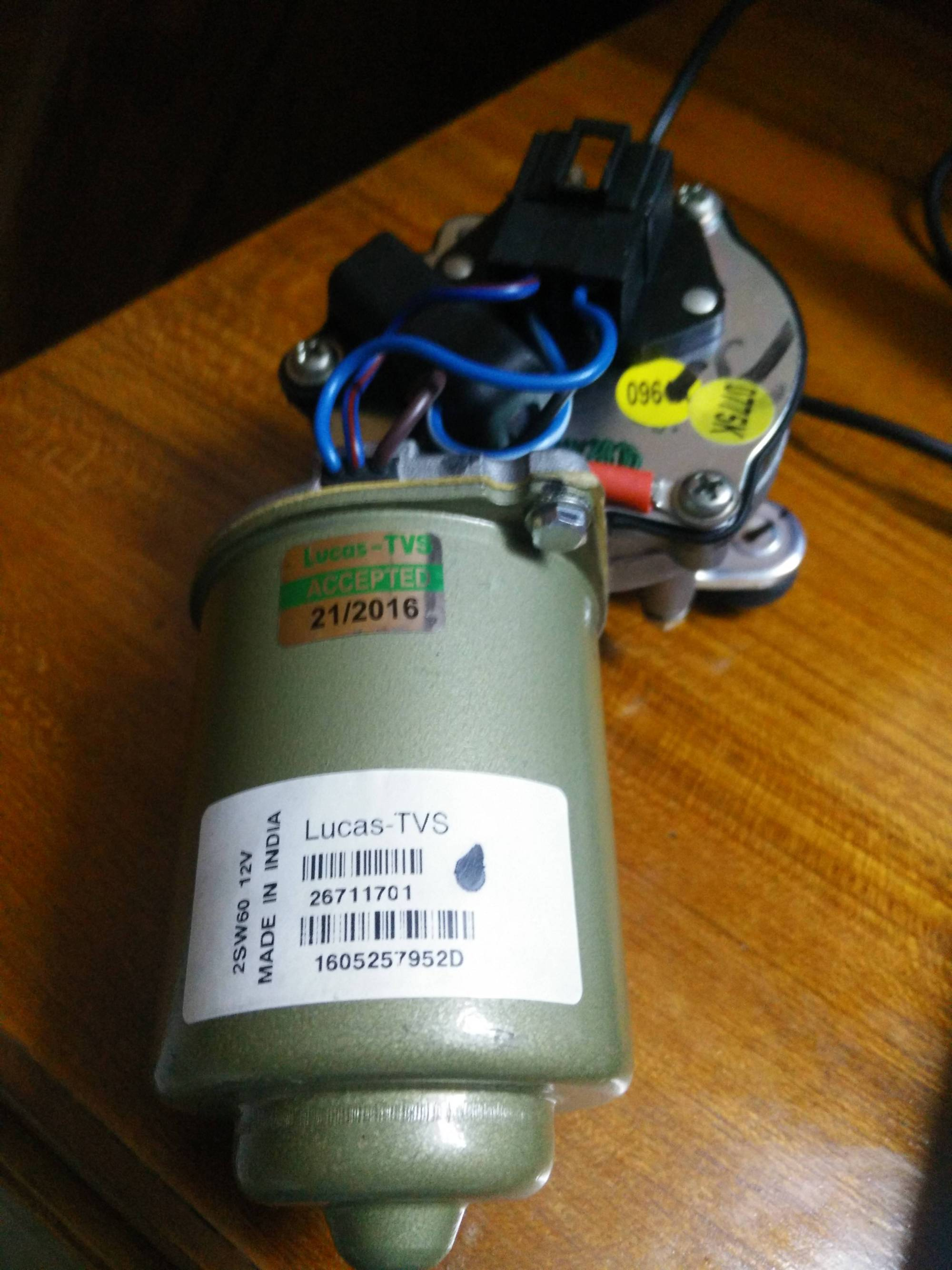 hight resolution of wires of wiper motor motor