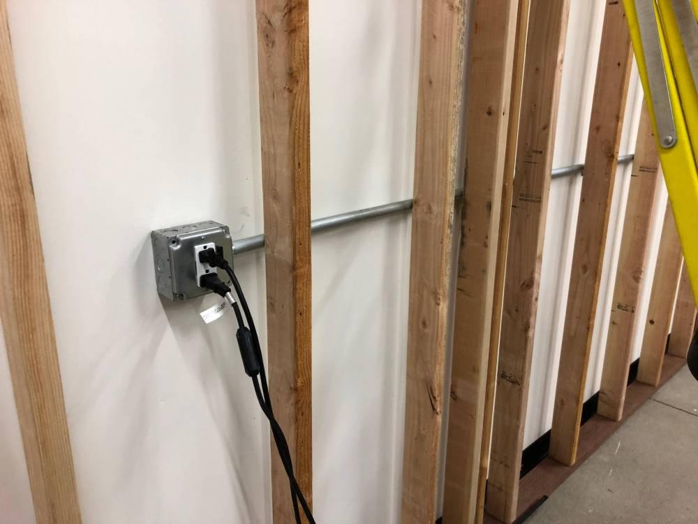 medium resolution of conduit to lights