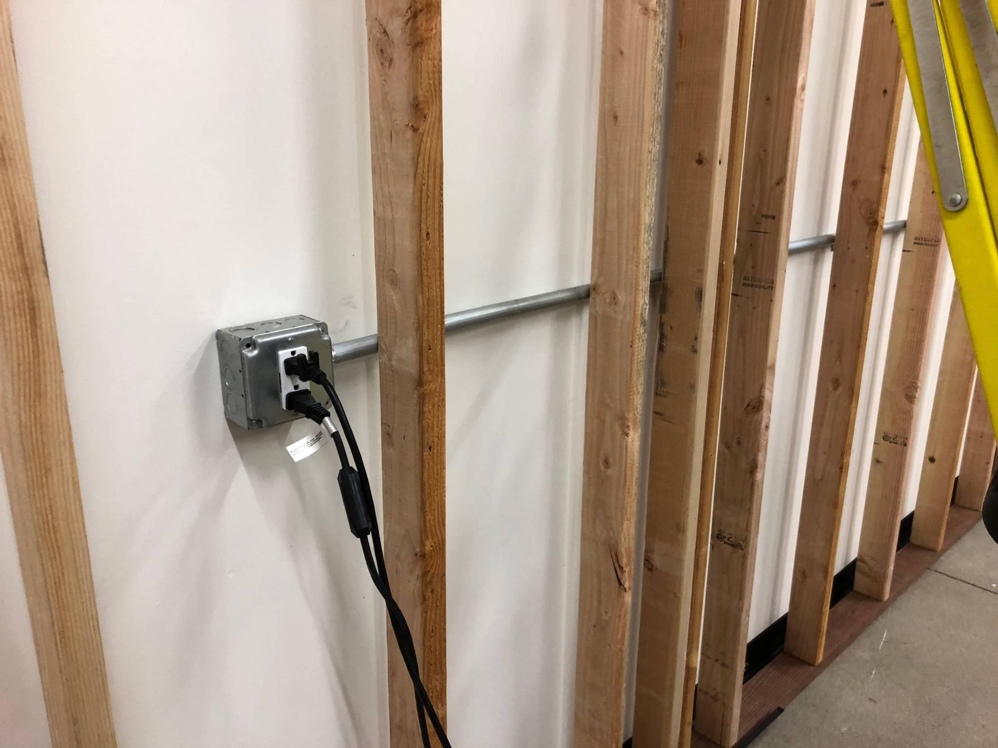 hight resolution of conduit to lights