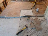 removal - Detaching large ceramic tile without breaking it ...