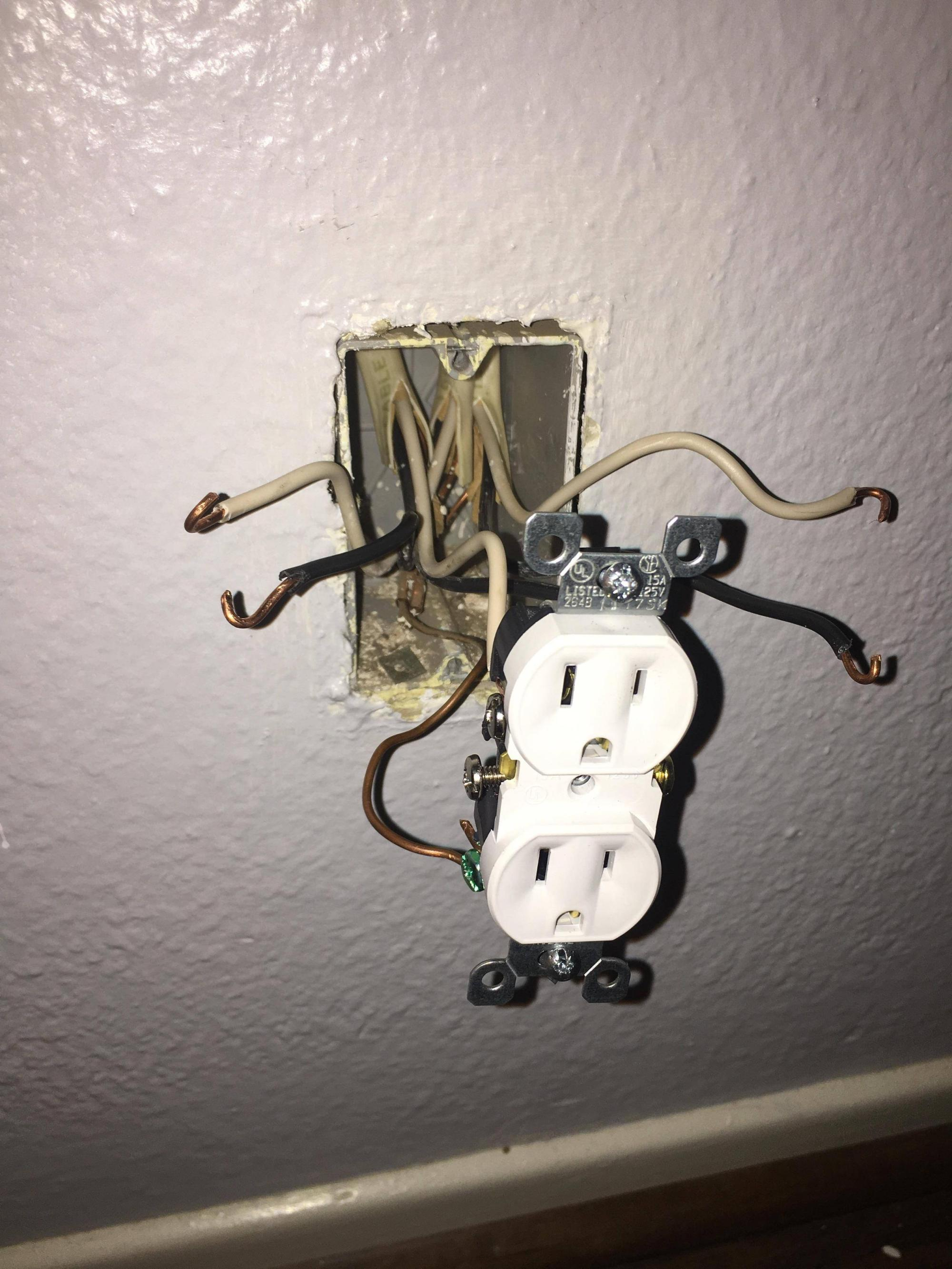 hight resolution of 3 sets of wires in outlet box lights won t turn off