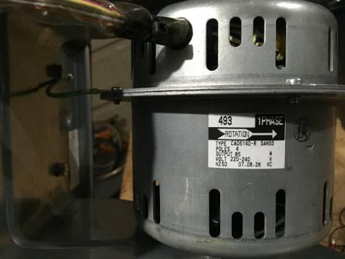small resolution of motor housing