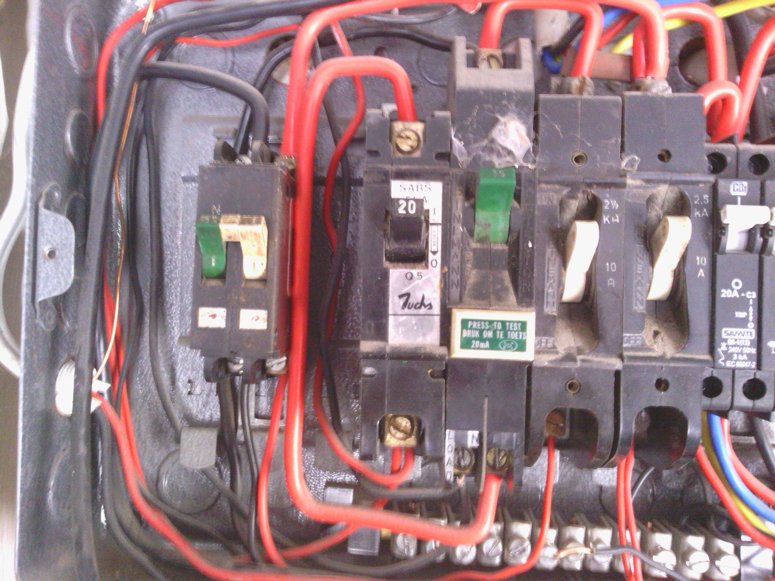 wiring a breaker box diagram 7 pin flat trailer with brakes electrical - why two breakers (one for the line, one neutral) on single-phase line ...