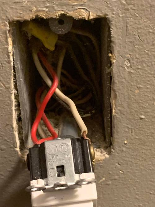 small resolution of how do i wire my 4 way switch home improvement stack exchange controlled by fourway switch wiring home improvement stack exchange
