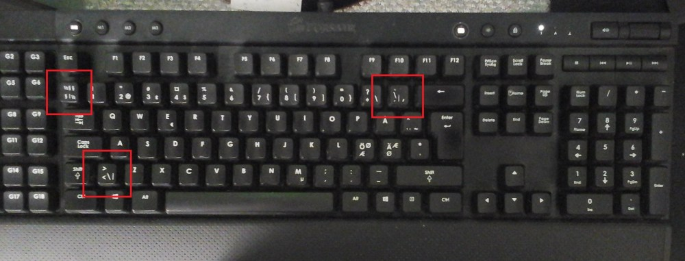 medium resolution of swedish keyboard with pipe symbol highlighted