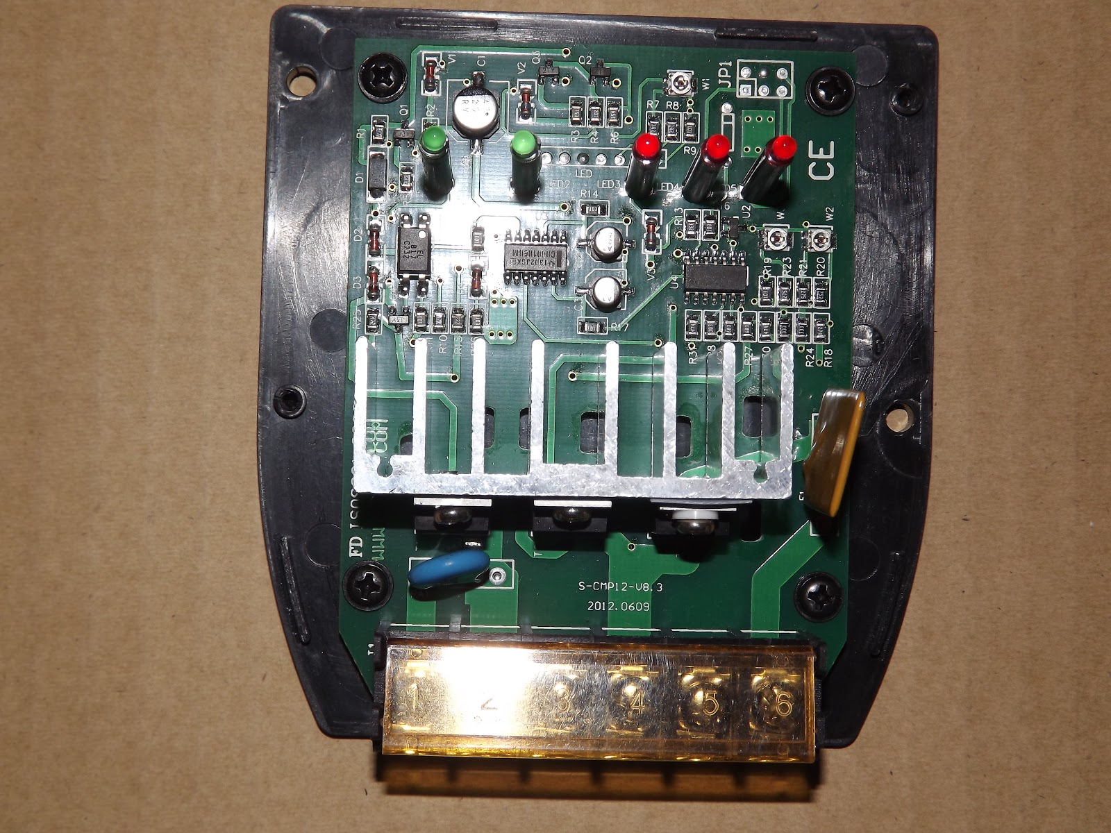 pwm solar charge controller circuit diagram modular origami battery charging topology of charger electrical juta cpm12