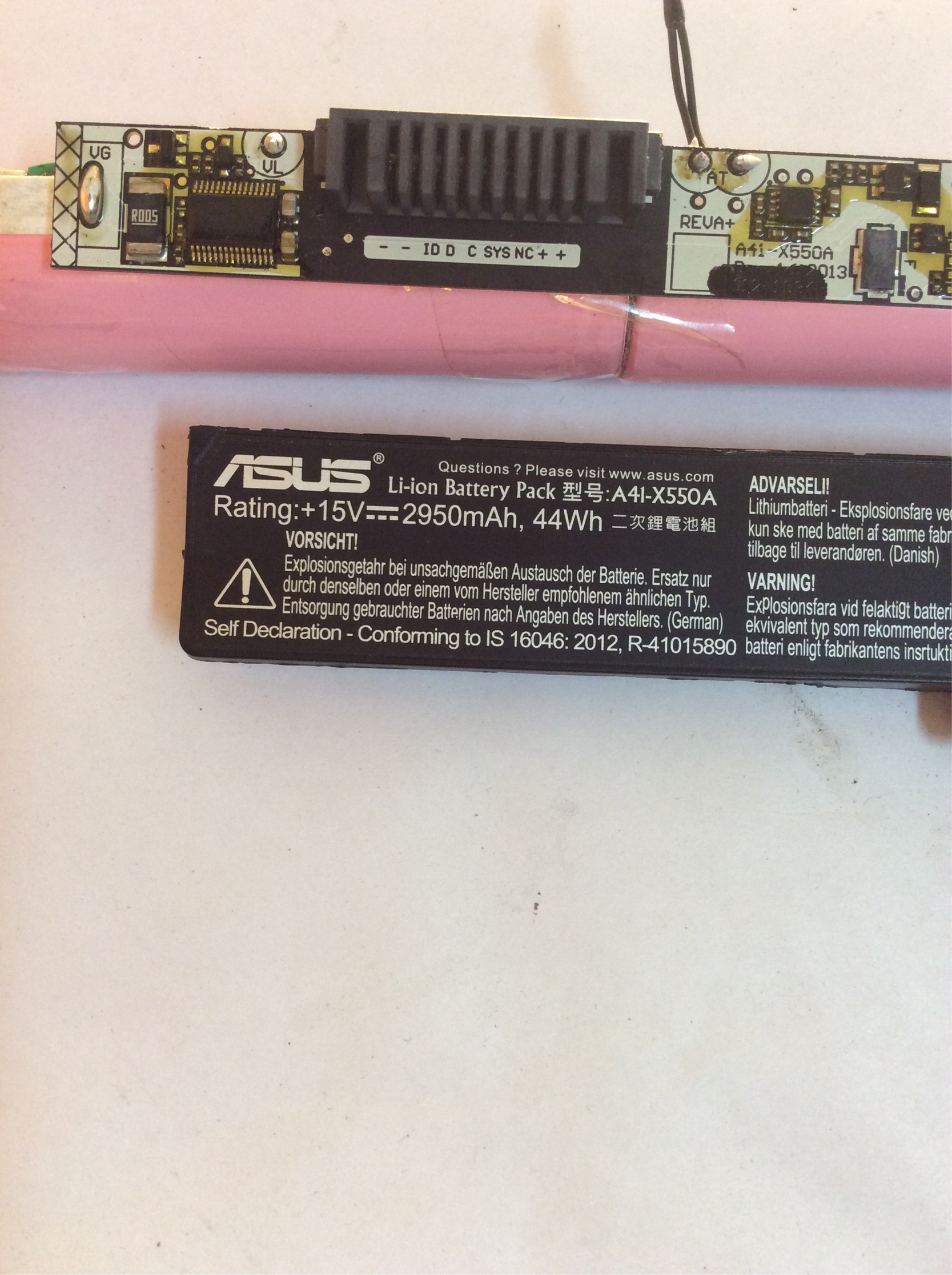 hight resolution of i also got a battery of the same model from a friend who had the same problem opened it up and again all the cells are healthy with no output at the