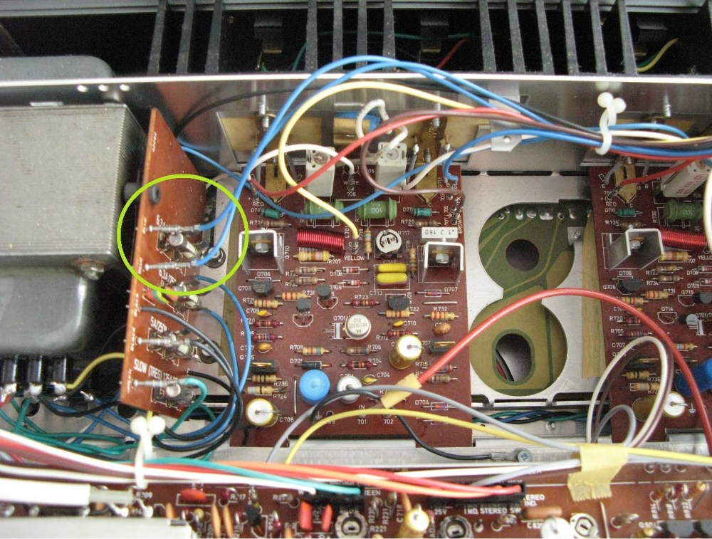 medium resolution of photo of the inside of my tandberg tr 1040 with problematic cables marked