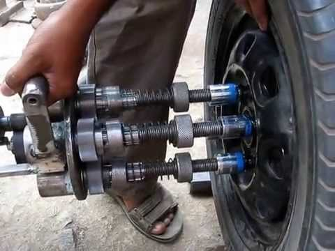 safety - Is it safe to drive in race conditions with missing lug nuts? - Motor Vehicle ...