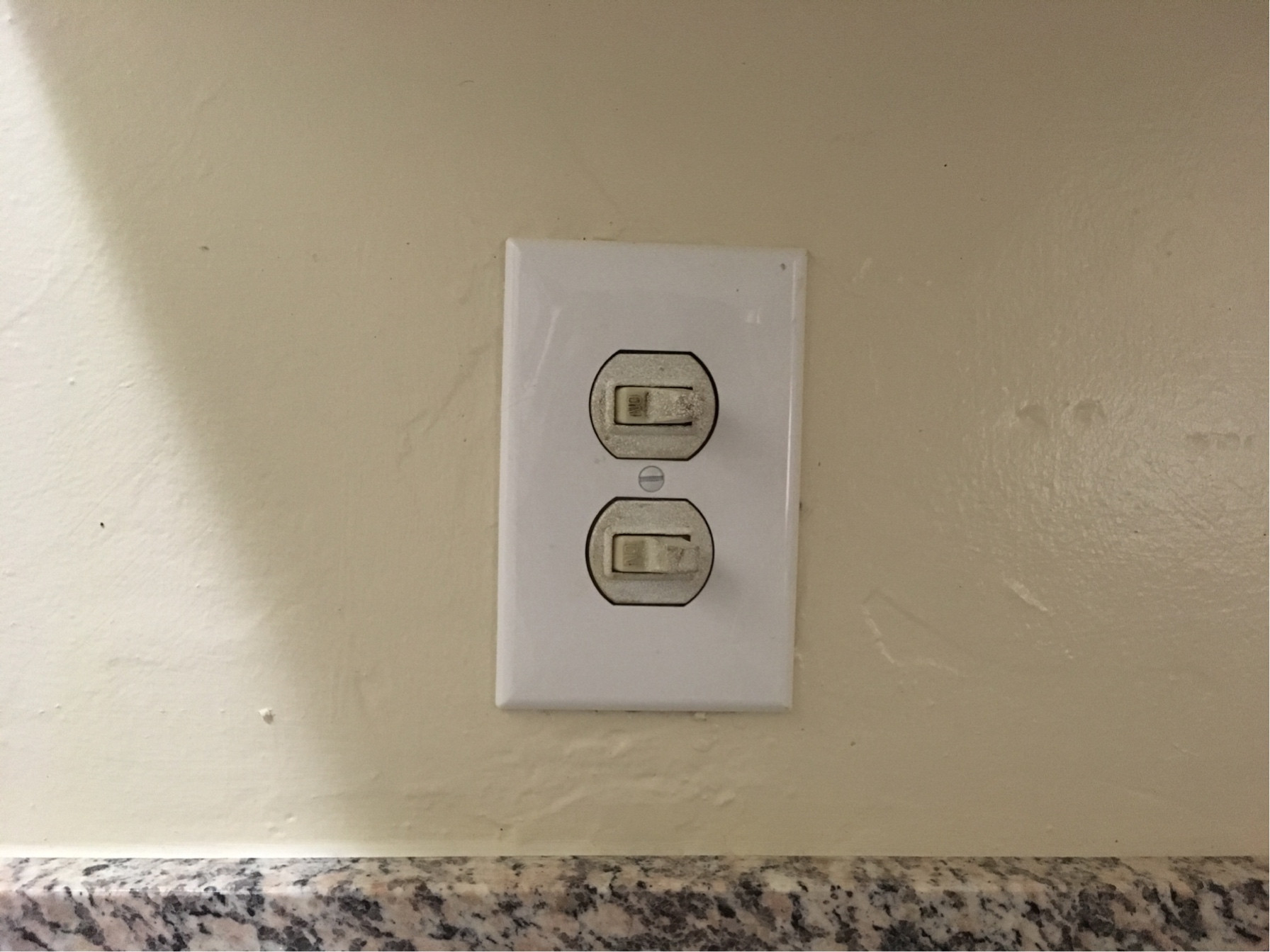 Wiring A Double Light Switch Gfci And Double Rocker Issues