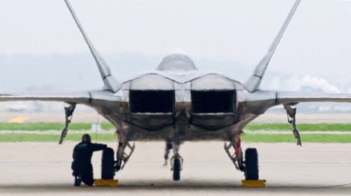 small resolution of engine nozzles of the f 22