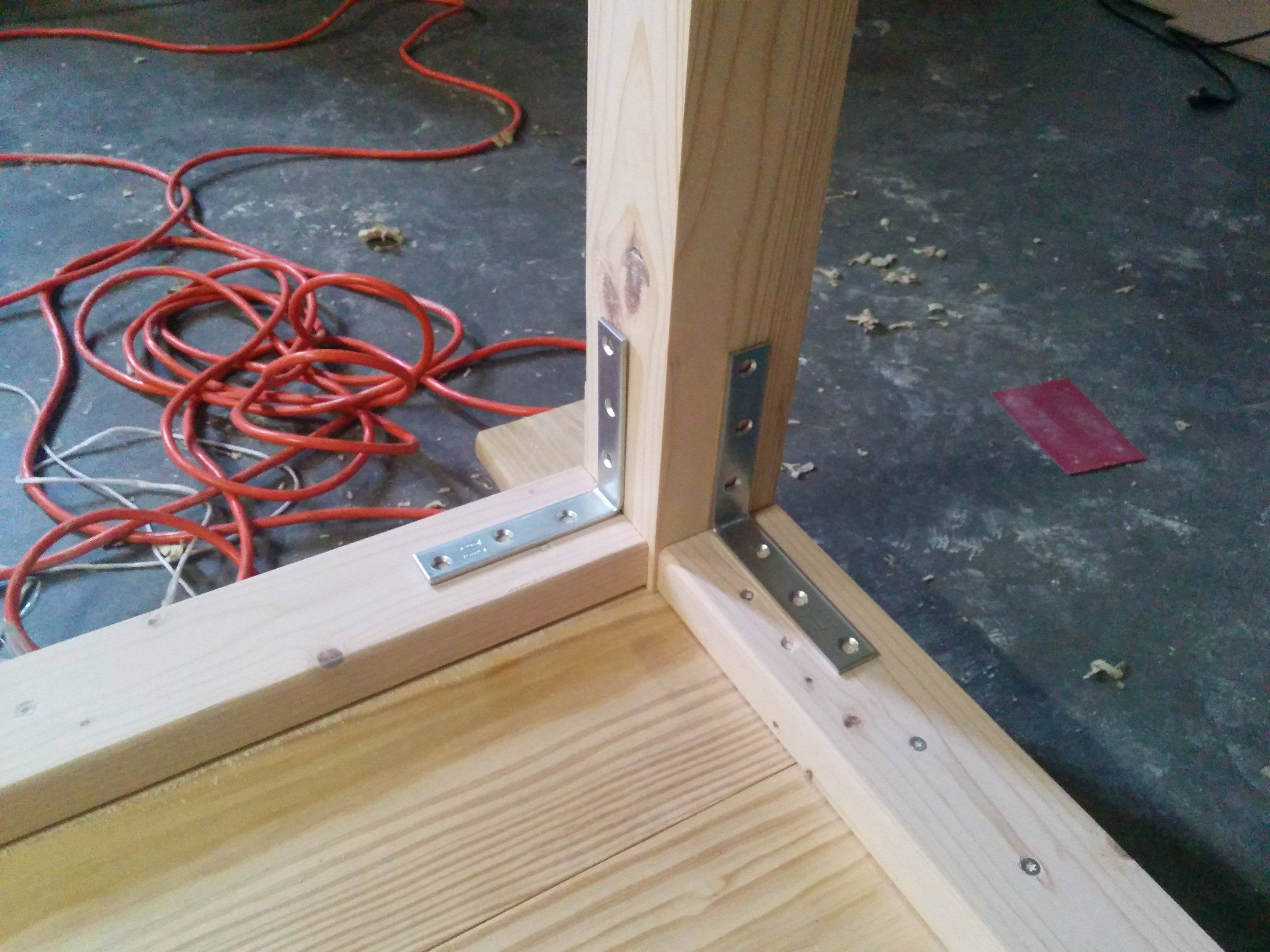 Attaching Table Top Without Screws