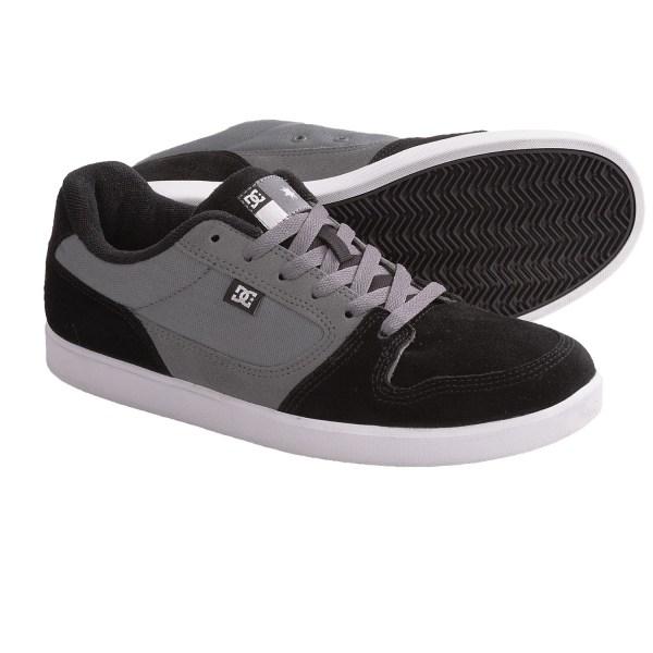 Landau Shoes Black - Year of Clean Water