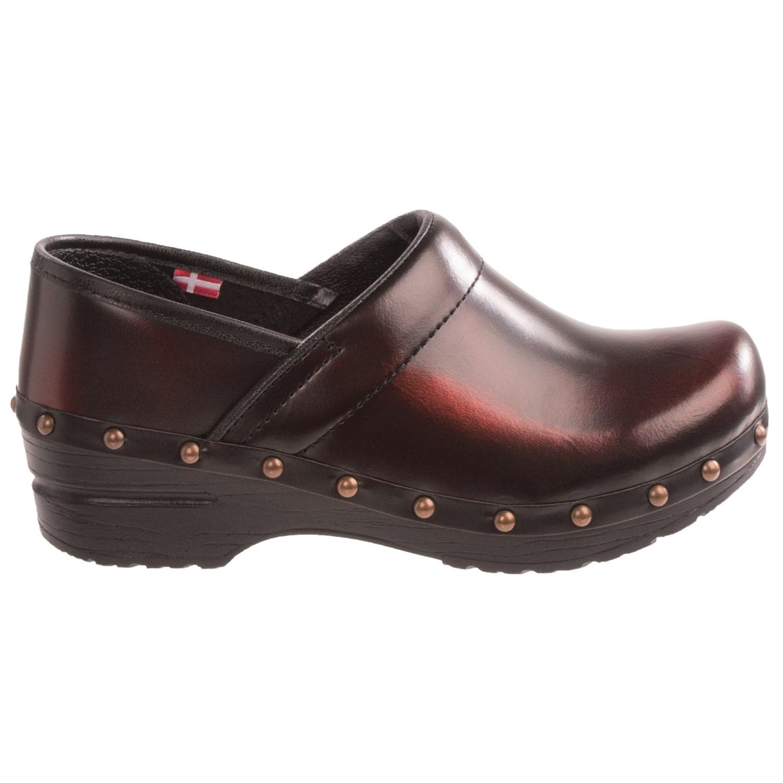 Dansko Shoes Vacaville Ca