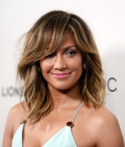 trendy women haircuts with