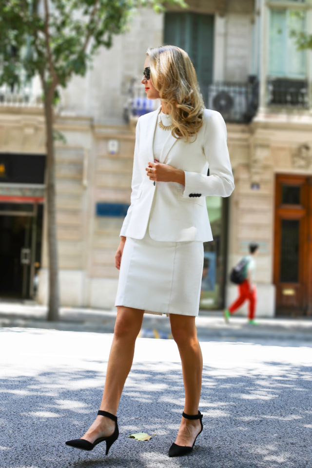 Bow White Length Dress Knee