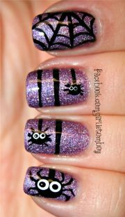 classy and bold halloween nail