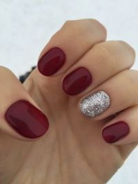 Picture Of short rounded nails with an accent silver ...