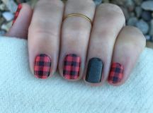 Picture Of plaid flannel manicure with a green glitter ...