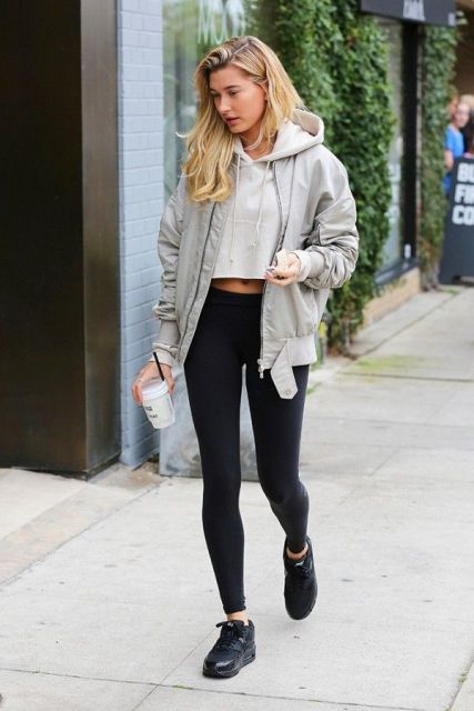 Cropped Hoodie Outfit : cropped, hoodie, outfit, Hoodie, Outfits, Repeat, Styleoholic