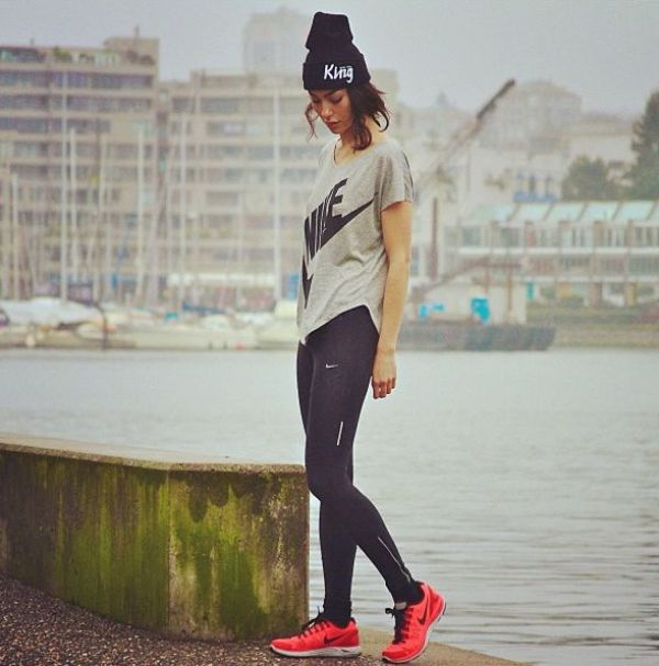 Picture Of Stylish And Comfy Outfits Ideas For Running 13