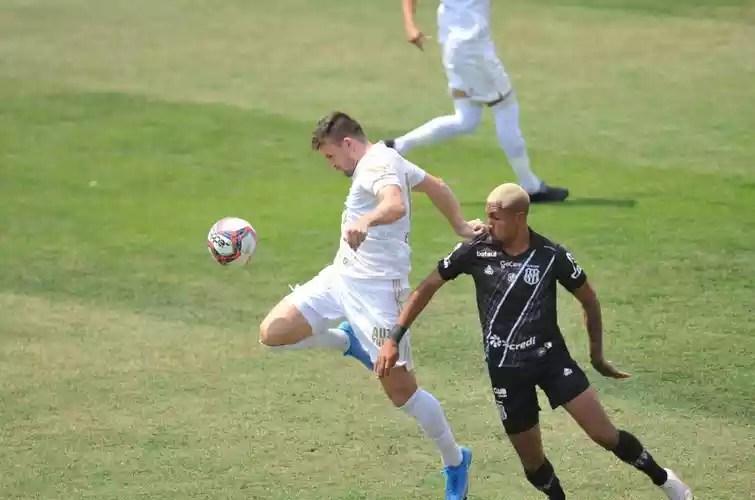 Cruzeiro and Ponte Preta faced each other in a morning