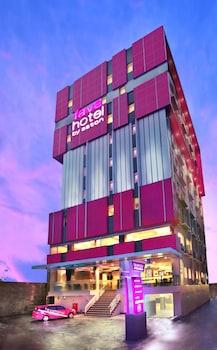 Xxi Mall Panakkukang Makassar : panakkukang, makassar, Hotels, Makassar,, Indonesia, (UPG-Sultan, Hasanuddin, Intl.), Airport, Reservations.com