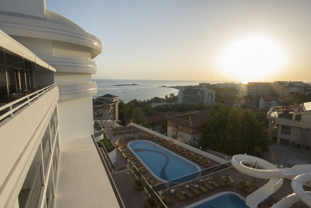 Laguna Beach Alya Resort Spa All Inclusive Qantas Hotels