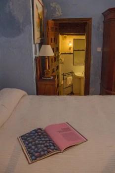 Casa Palacio Conde De Garcinarro Qantas Hotels