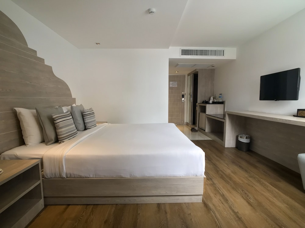 Methavalai Residence Qantas Hotels