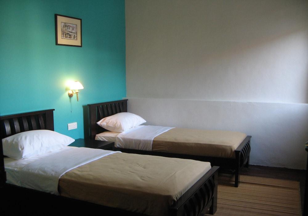 Old Penang Guesthouse Hostel Qantas Hotels