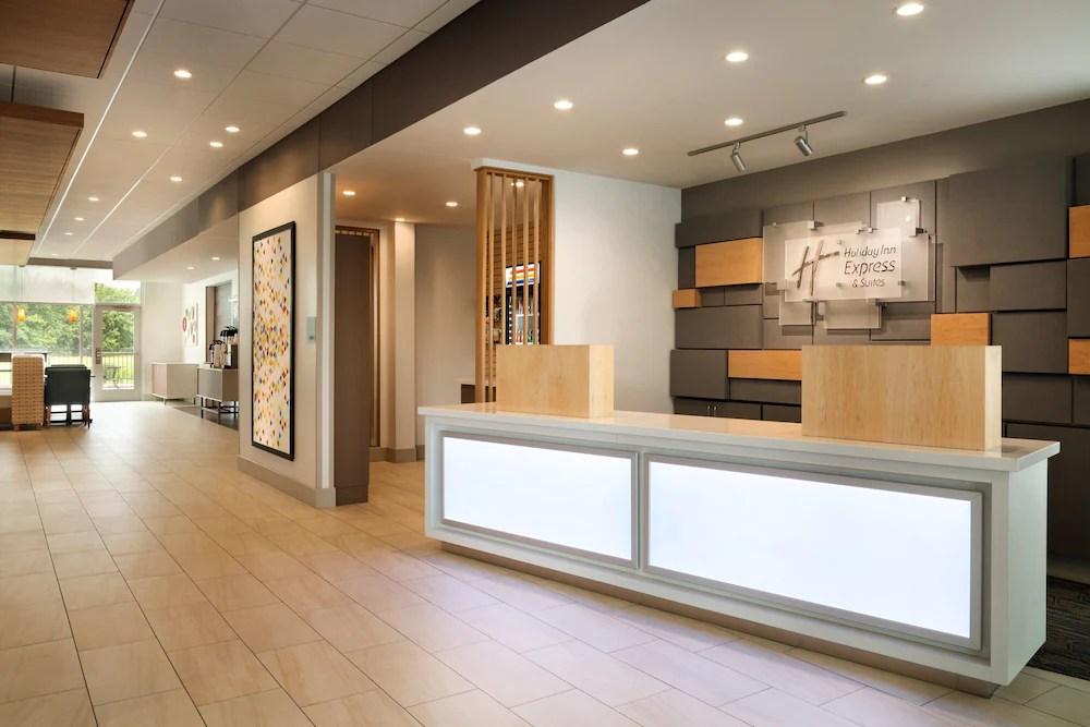 Holiday Inn Express Suites Middletown Goshen Qantas Hotels