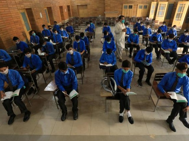 millions-of-students-in-pakistan-returned-to-classes-on-last-tuesday-after-covid-19-was-contained-in-the-country-photo-reuters