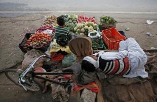مقبوضہ وادی کشمیر : بڑھتی ہوئی مہنگائی ، بنیادی سہولیات کی عدم دستیابی نے سنگین رخ اختیار کر لیا