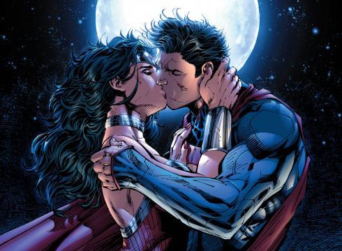 Justice League Superman Wonder Woman kiss New 52